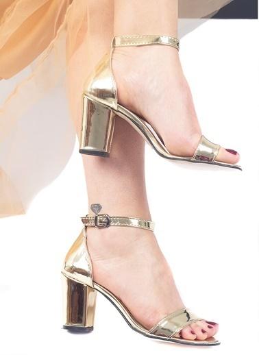 Tripy Ayakkabı Altın